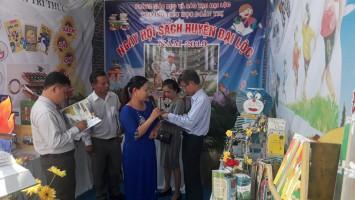 Hình ảnh tham gia Ngày Sách Việt Nam và Tiếng hát thiếu nhi huyện Đại Lộc năm 2019.